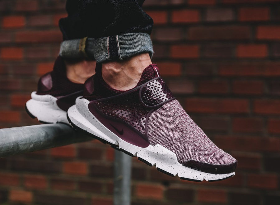 chaussure-nike-sock-dart-special-edition-prm-bordeaux-1