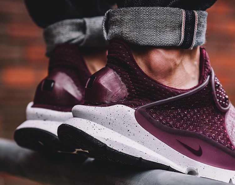 chaussure-nike-sock-dart-special-edition-prm-bordeaux-2