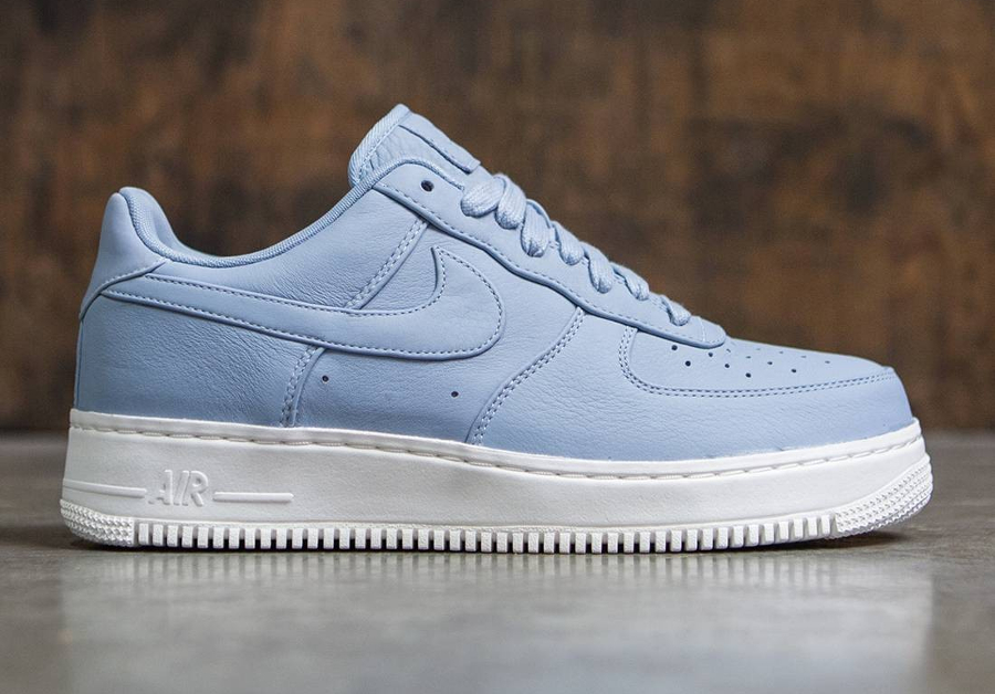 chaussure-nikelab-air-force-1-low-premium-blue-grey-cuir-bleu-ciel-2