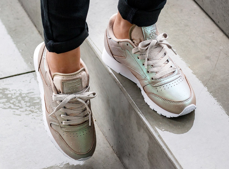 79f0bd563889e reebok classic leather pearlized - La sélection de www.inrj.fr !