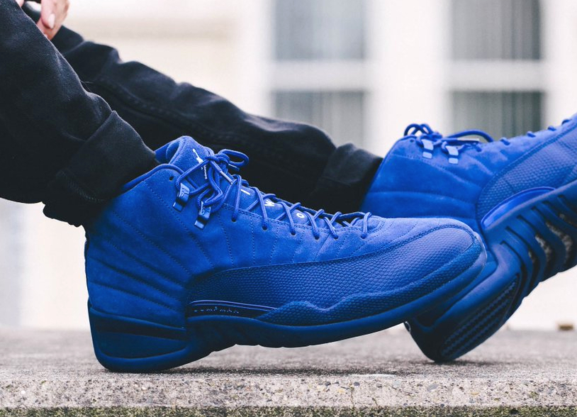 avis-basket-air-jordan-12-retro-premium-deep-royal-blue-suede-1
