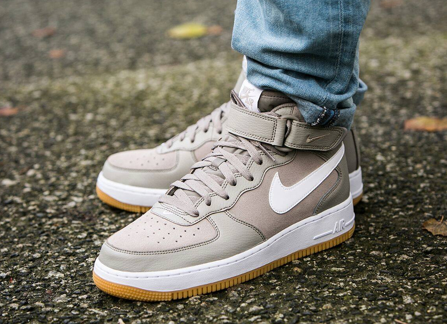 Nike Air Force 1 Mid '07 'Light Taupe'