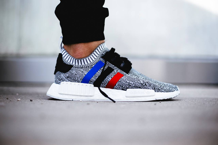 chaussure-adidas-nmd-r1-primeknit-tri-color-blanche-1