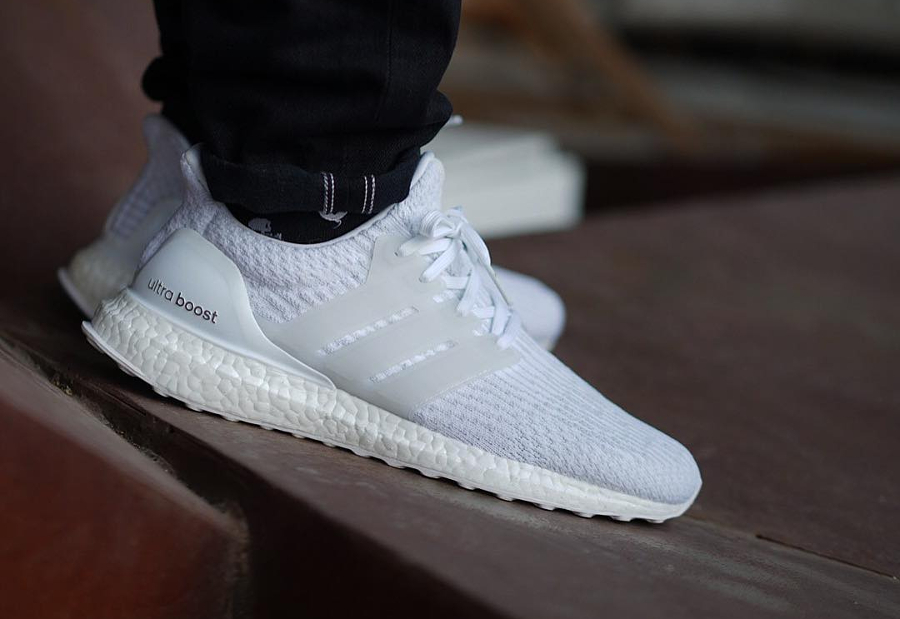 Chaussure Adidas Ultra Boost 3.0 Blanche Triple White (1)