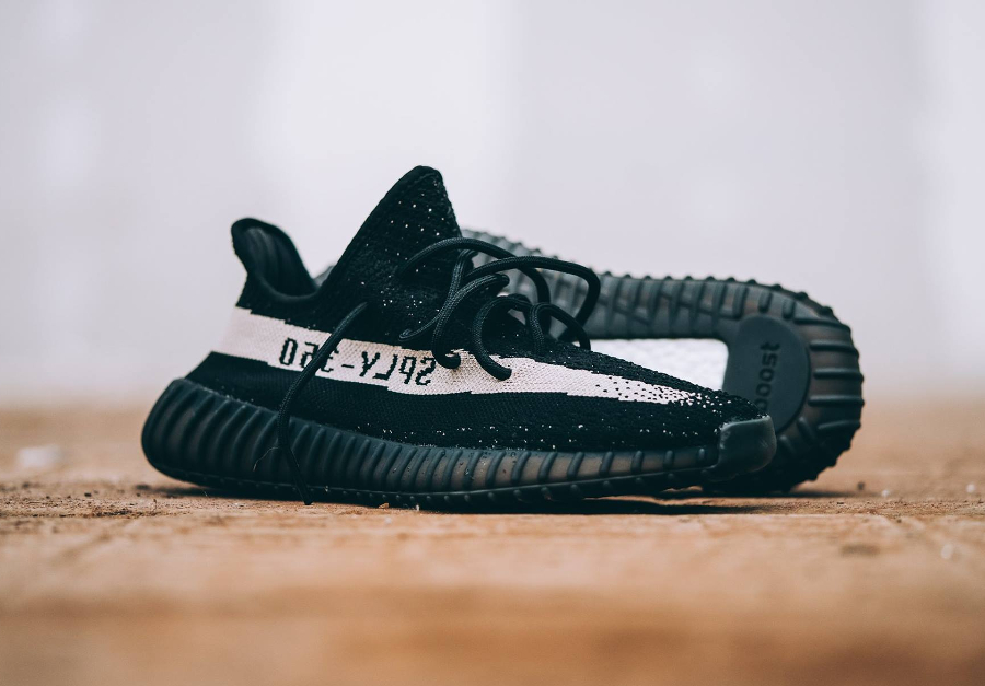 Adidas Yeezy 350 Boost V2 'Black White'