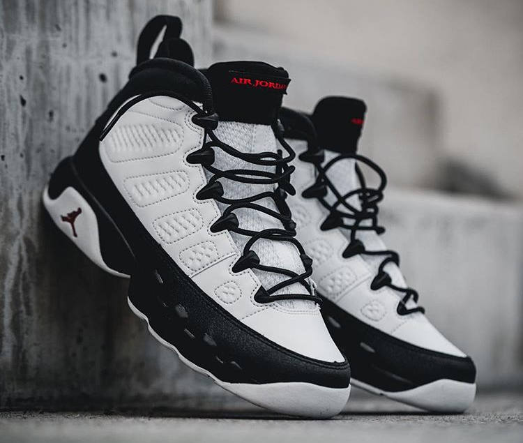 Air Jordan 9 Retro OG White Black 2016 (Space Jam)