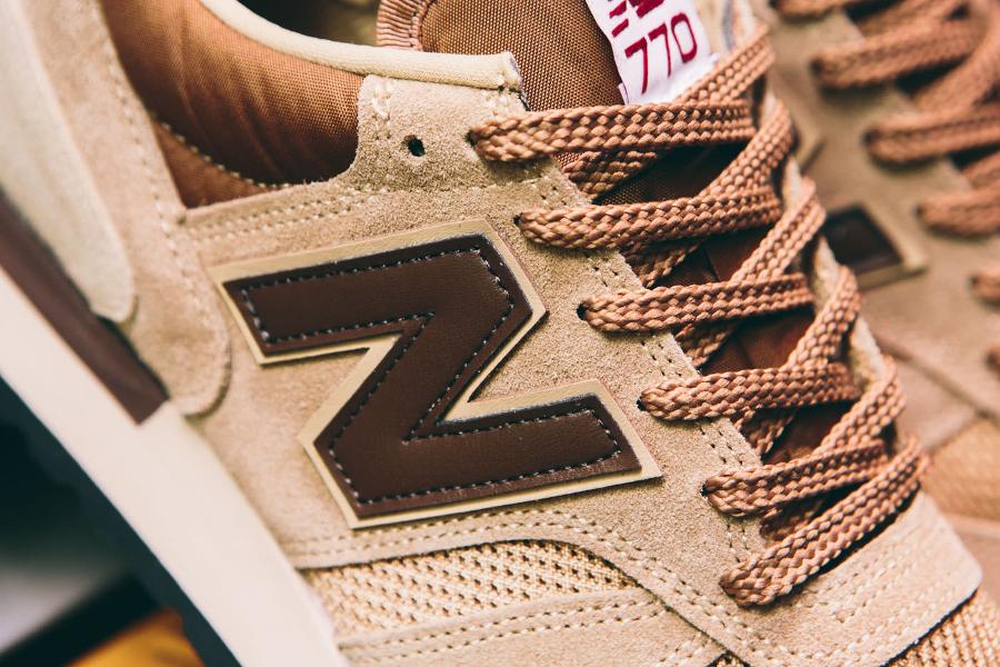 chaussure-new-balance-m770bbb-daim-beige-2