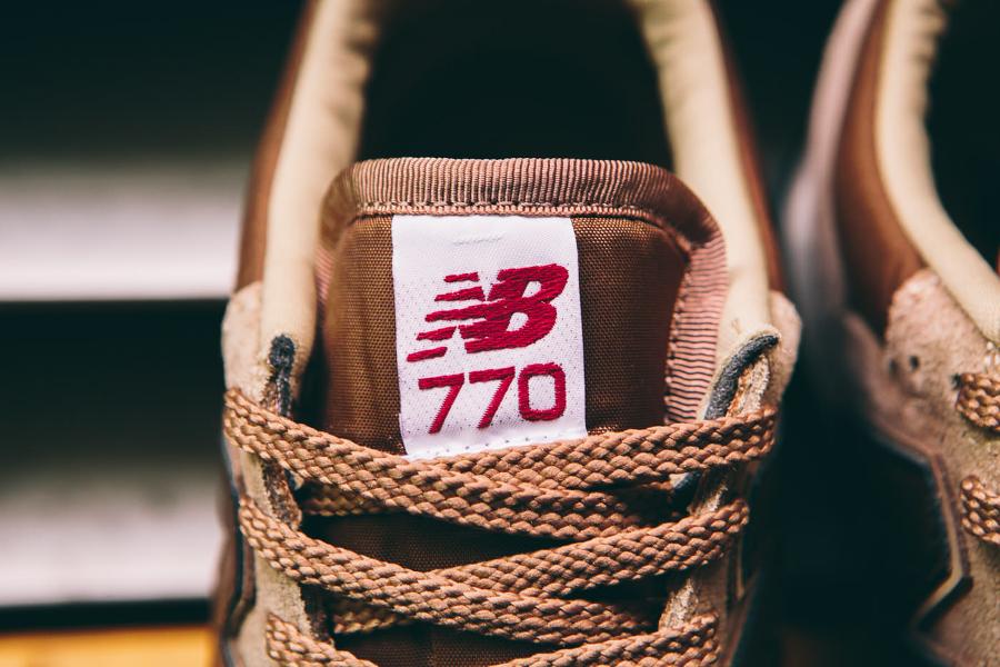 chaussure-new-balance-m770bbb-daim-beige-4