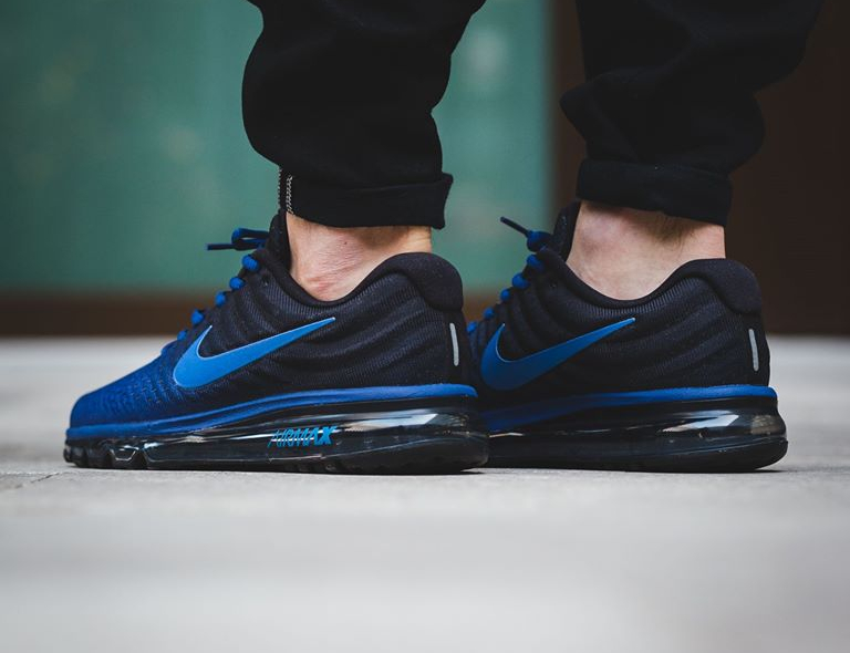 acheter populaire 1a1f6 28965 Nike Air Max 2017 'Black Deep Royal Blue' (homme)