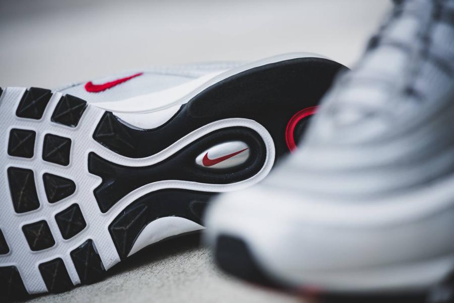 chaussure-nike-air-max-97-og-la-silver-20th-anniversary-2