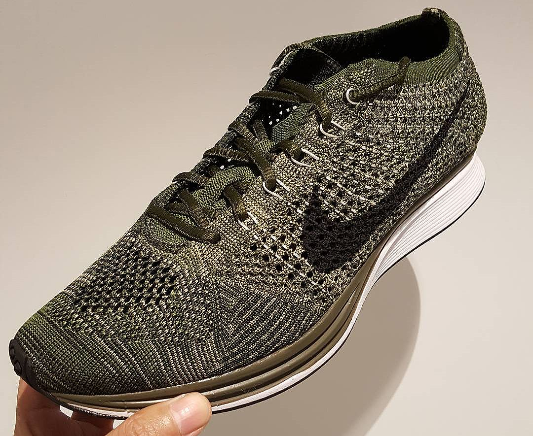 chaussure-nike-flyknit-racer-earth-tones-2