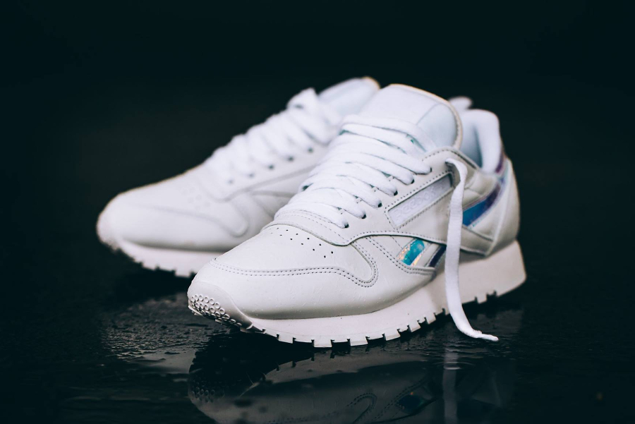 Reebok Classic Leather RD W White 'Iridescent Logo'