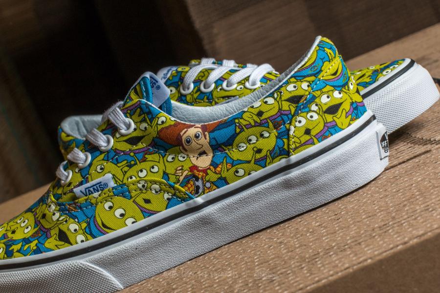 chaussure-toy-story-x-vans-era-aliens-bonhommes-verts-3