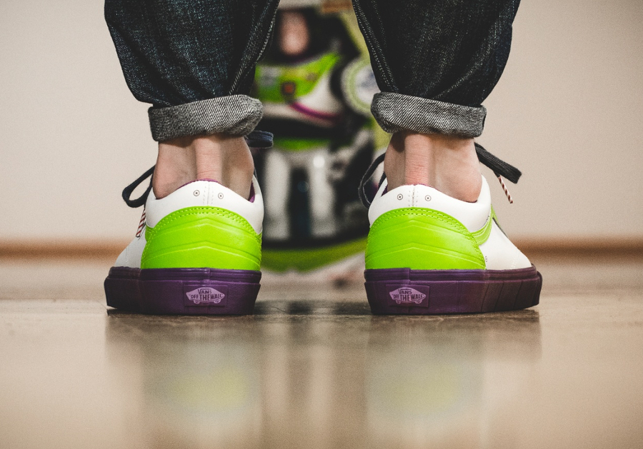 chaussure-vans-old-skool-toy-story-buzz-lightyear-4