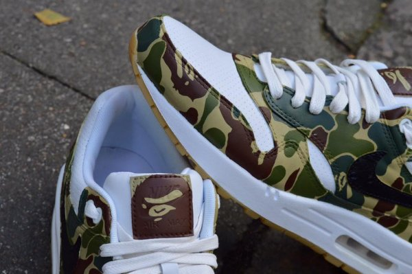 A Bathing Ape : 15 sneakers customisées qui s'en inspirent
