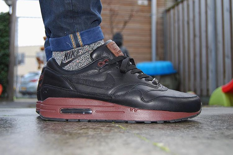 nike air max 1 id premium 39 will leather goods 39 en 10 images. Black Bedroom Furniture Sets. Home Design Ideas