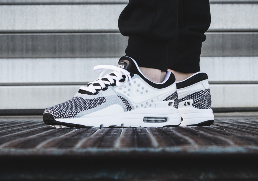 Nike Air Max Zero Essential 'Oreo'