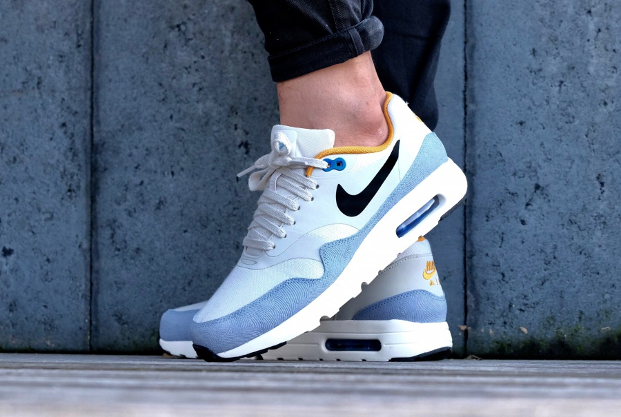 image-basket-nike-air-max-1-ultra-essential-light-bone-bluecap-gold