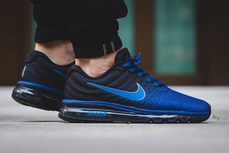 acheter populaire 61bc0 f184c Nike Air Max 2017 'Black Deep Royal Blue' (homme)