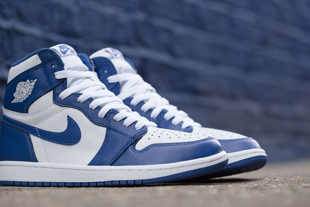 reedition-de-la-air-jordan-1-high-originale-storm-blue-de-1985-6