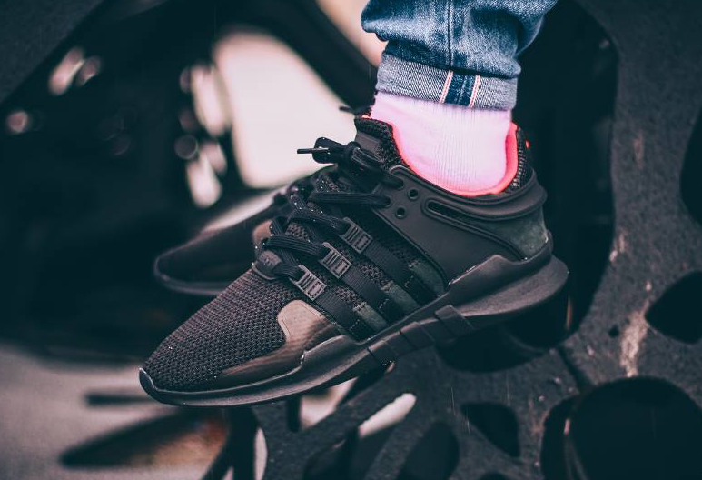 Le pack Adidas Equipment Support ADV 'Turbo Red'