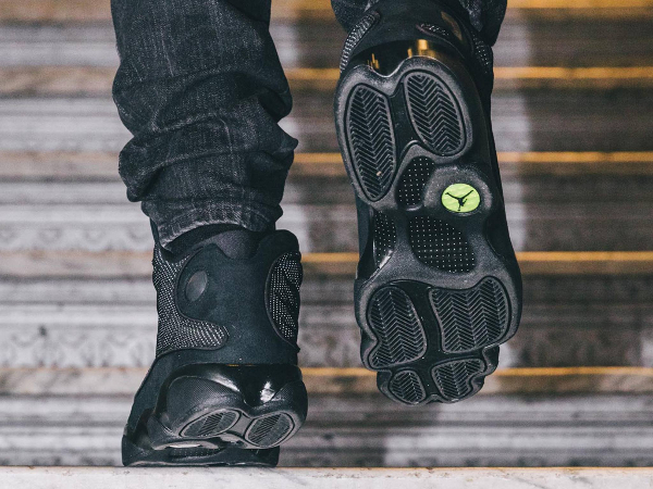 Basket Air Jordan 13 Chat Noir (3)