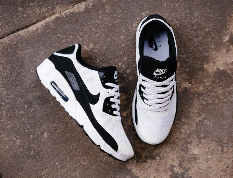 basket-nike-air-max-90-ultra-2-0-essential-white-black-5-homme-femme