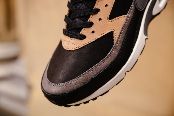 Basket Nike Air Max BW PRM 'Black Grey Vachetta Tan' (2)
