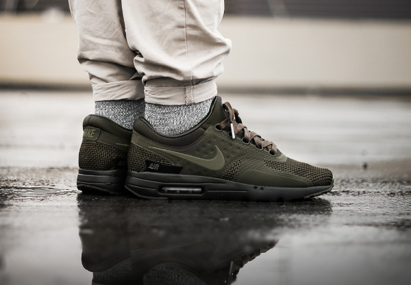 best website 4f11d e1029 Nike Air Max Zero Premium Olive Dark Loden (homme)