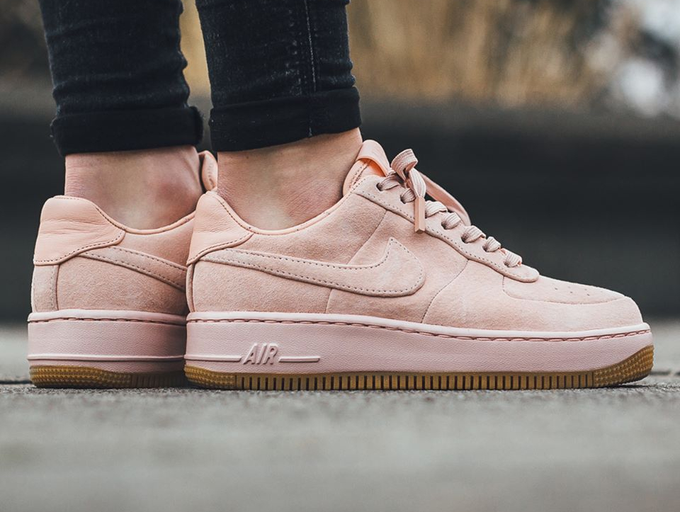 nike air force 1 upstep lx suede 39 arctic orange 39 femme. Black Bedroom Furniture Sets. Home Design Ideas