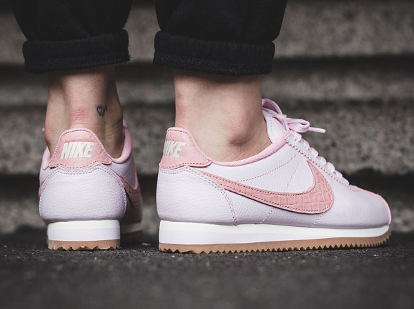 Basket Nike Wmns Cortez Leather Lux Pearl Pink (2)