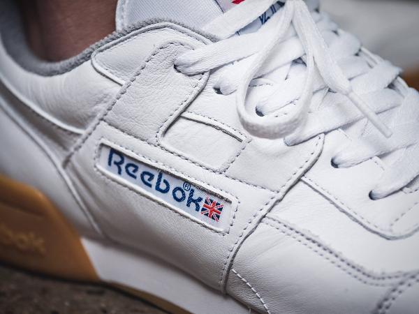 Basket Reebok Workout Plus R12 blanche semelle en gomme (3)