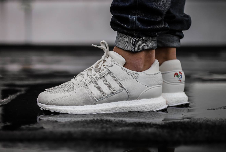 Chaussure Adidas EQT Support Ultra CNY Year of the Roaster (6)