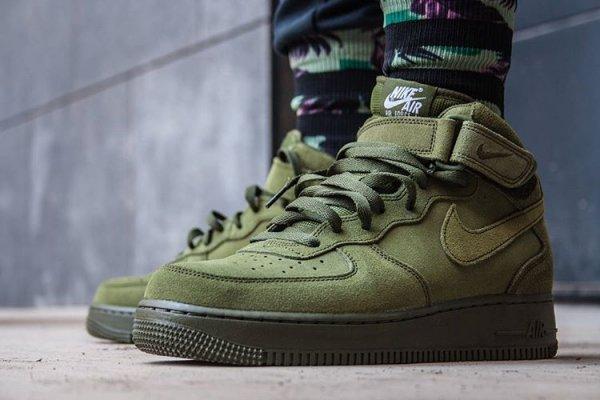 reputable site ba1f3 7d31a Nike Air Force 1 Mid 07 Suede Legion Green (daim vert)