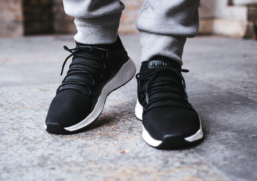 Chaussure Nike Air Jordan 10 Formula 23 'Black' (homme) (1)