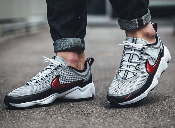 Chaussure Nike Air Zoom Spiridon Ultra OG Metallic Silver Red