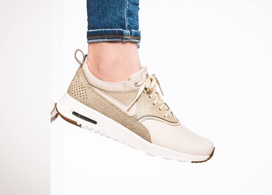 chaussure-nike-wmns-air-max-thea-prm-cuir-craquele-beige-2