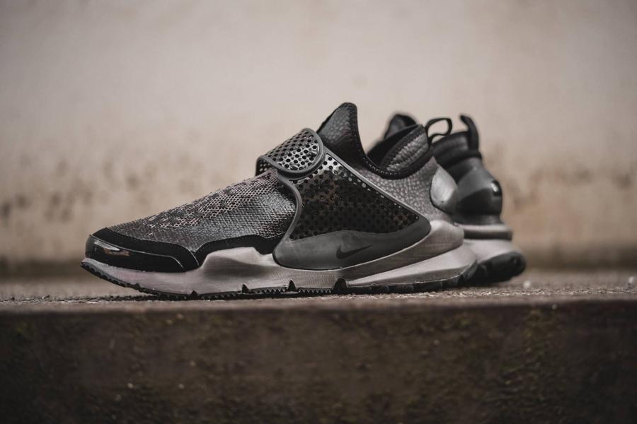 Chaussure Stone Island x NikeLab Sock Dart Black (noir) (1)