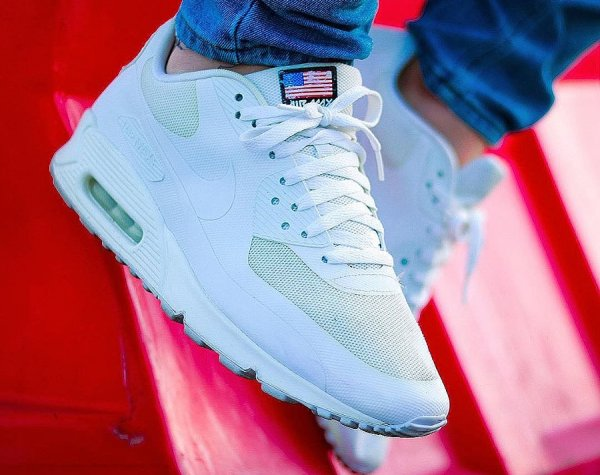 e909887a87 Faut-il acheter les Nike Air Max 90 Hyperfuse USA Independence Day ?