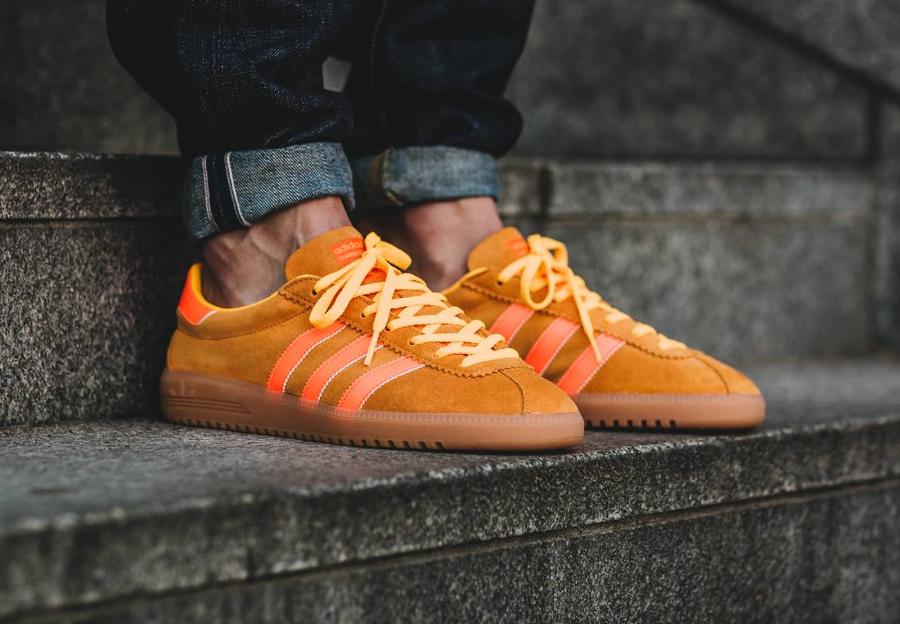 soldes-Adidas-Bermuda-Solar-Gold-Gum-daim-marron-pas-cher