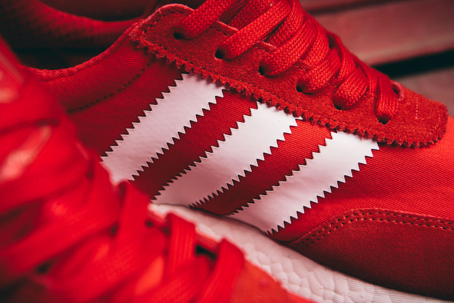 Adidas Originals Iniki Runner rouge (2)