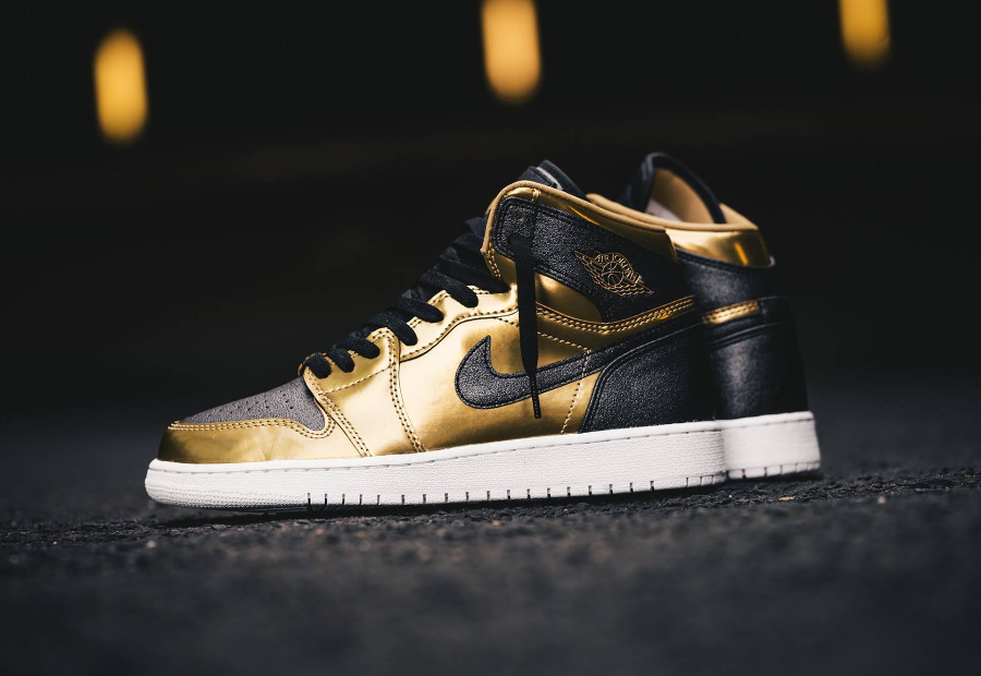 Basket Air Jordan 1 Retro BHM Metallic Gold 2017 (femme) (5)