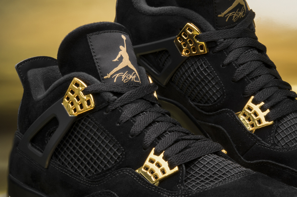 Basket Air Jordan 4 Retro Royalty (3)