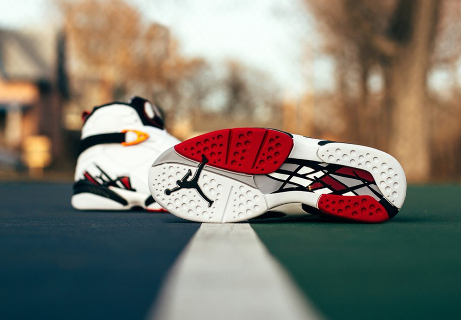 Basket Air Jordan 8 Retro Alternate (3)