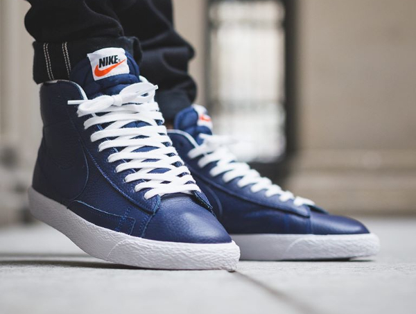 Basket Nike Blazer Mid PRM Binary Blue (2)