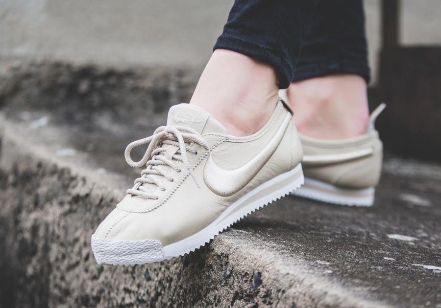 Nike Wmns Cortez '72 SI 'Oatmeal'