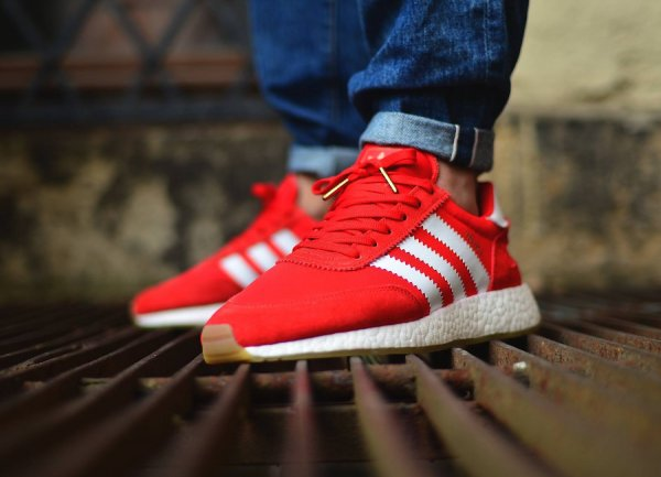 Chaussure Adidas Iniki Runner Boost Gum Red (rouge) (1)