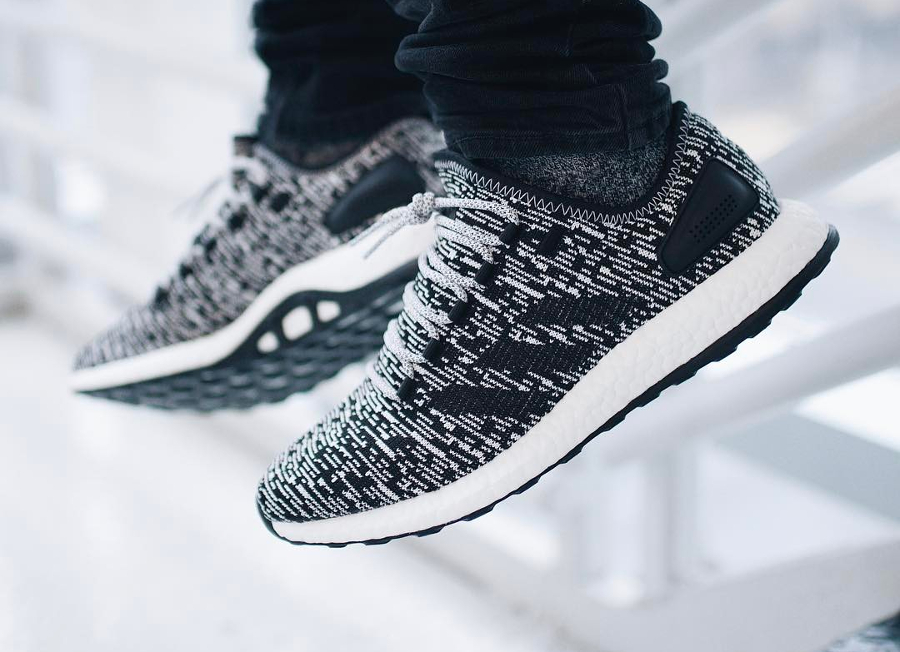 Chaussure Adidas Pure Boost 2.0 Aramis Oreo (blanche et noire) (1)