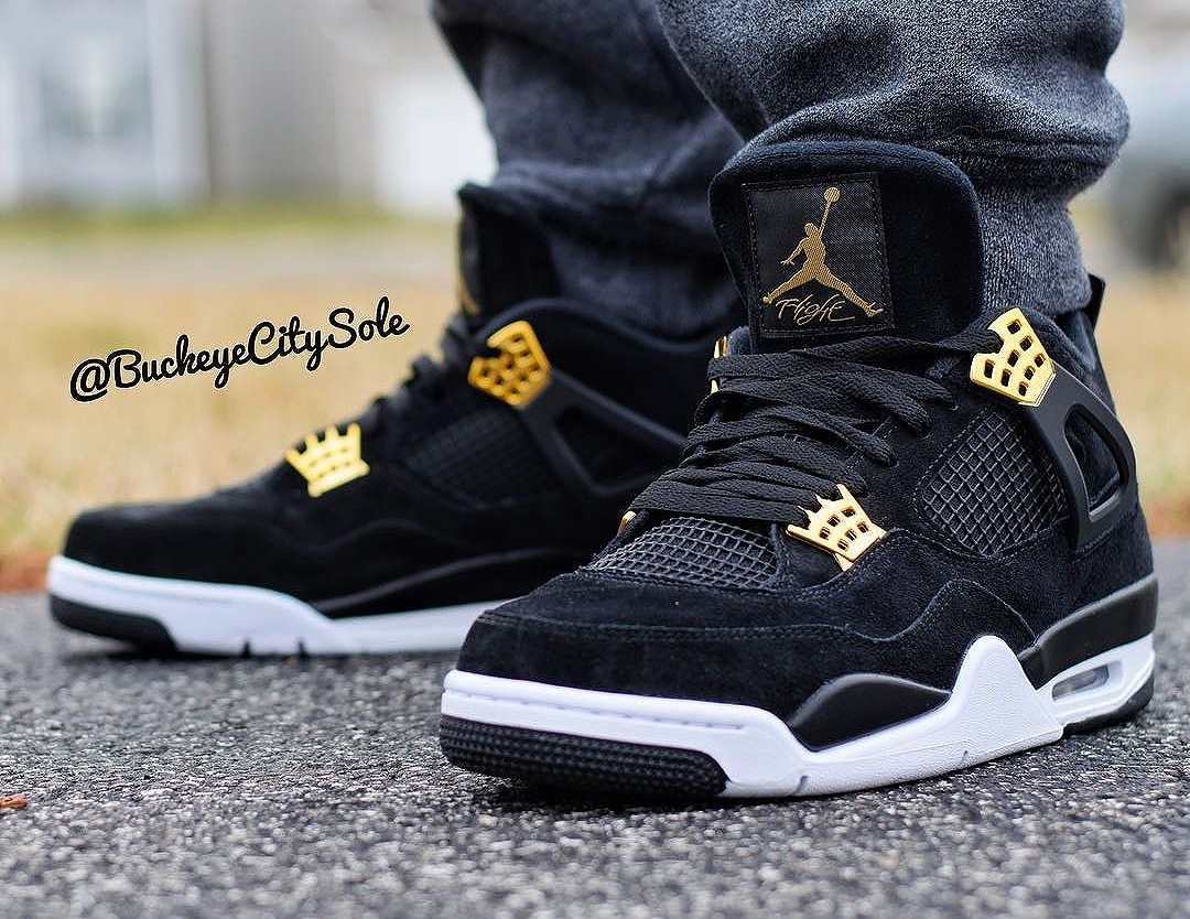 Chaussure Air Jordan 4 Retro 'Royalty' Black Metallic Gold (daim noir) (3)