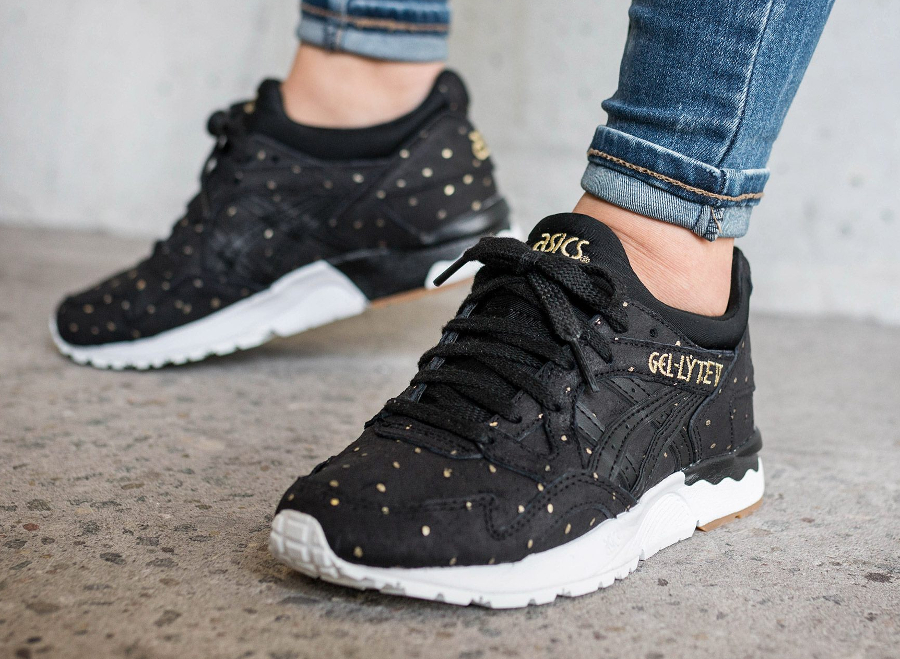 Chaussure Asics Gel Lyte V Black Golden Dots Valentine's Day 2017 (1)